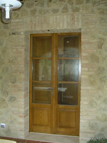 Porta Finestra A Due Ante.Falegnameria Rossi Montepulciano Siena Toscana Italia